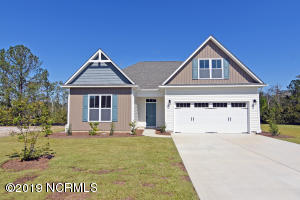 490 Avendale Drive, Rocky Point, NC 28457