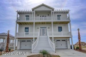 136 Shipyard Lane, Hampstead, NC 28443