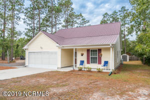 1821 E Boiling Spring Road, Southport, NC 28461