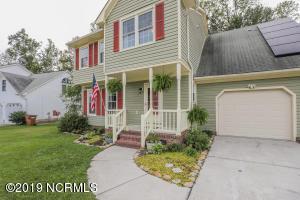 118 Raintree Circle, Jacksonville, NC 28540