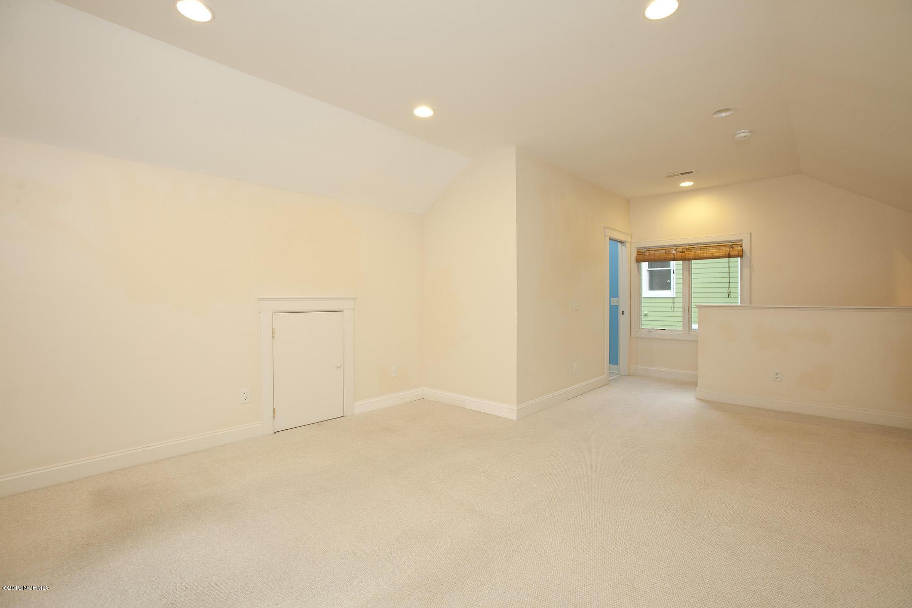 8021 Reunion Road, Wilmington, North Carolina 28411, 3 Bedrooms Bedrooms, 9 Rooms Rooms,4 BathroomsBathrooms,Residential,For Sale,Reunion,100189161