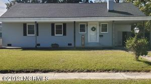 302 Mansfield Parkway, Morehead City, NC 28557