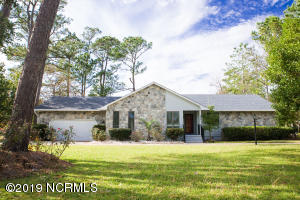 401 Lord Granville Drive, Morehead City, NC 28557
