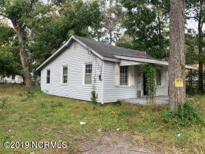 15 Montgomery Avenue, Wilmington, NC 28405