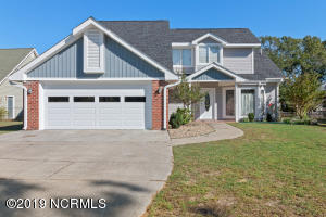 11 Bay Drive, Sneads Ferry, NC 28460