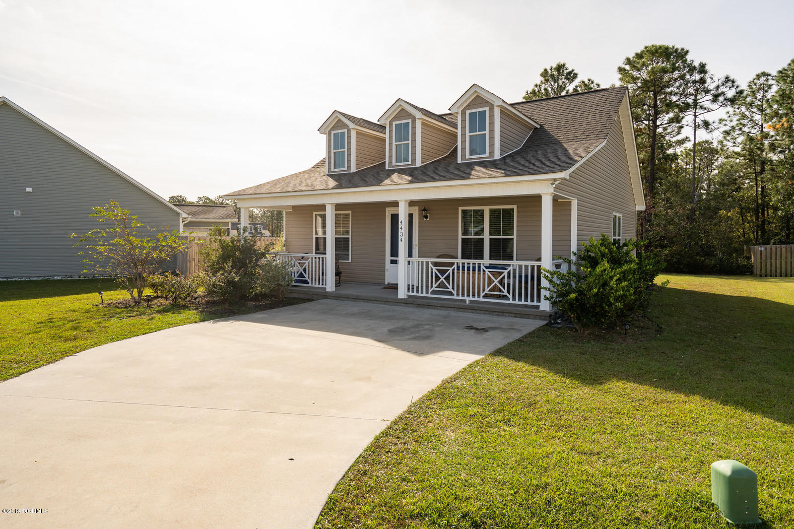 4434 S Wax Myrtle Drive Southport, NC 28461