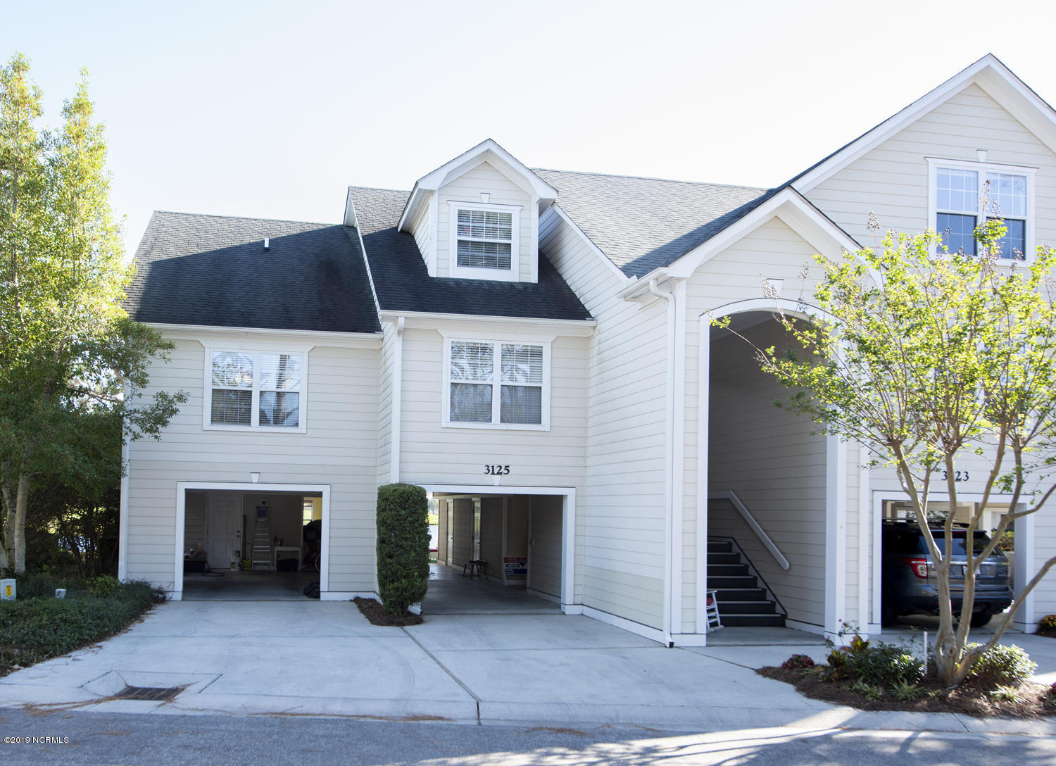 3125 Lakeside Commons Drive Southport, NC 28461
