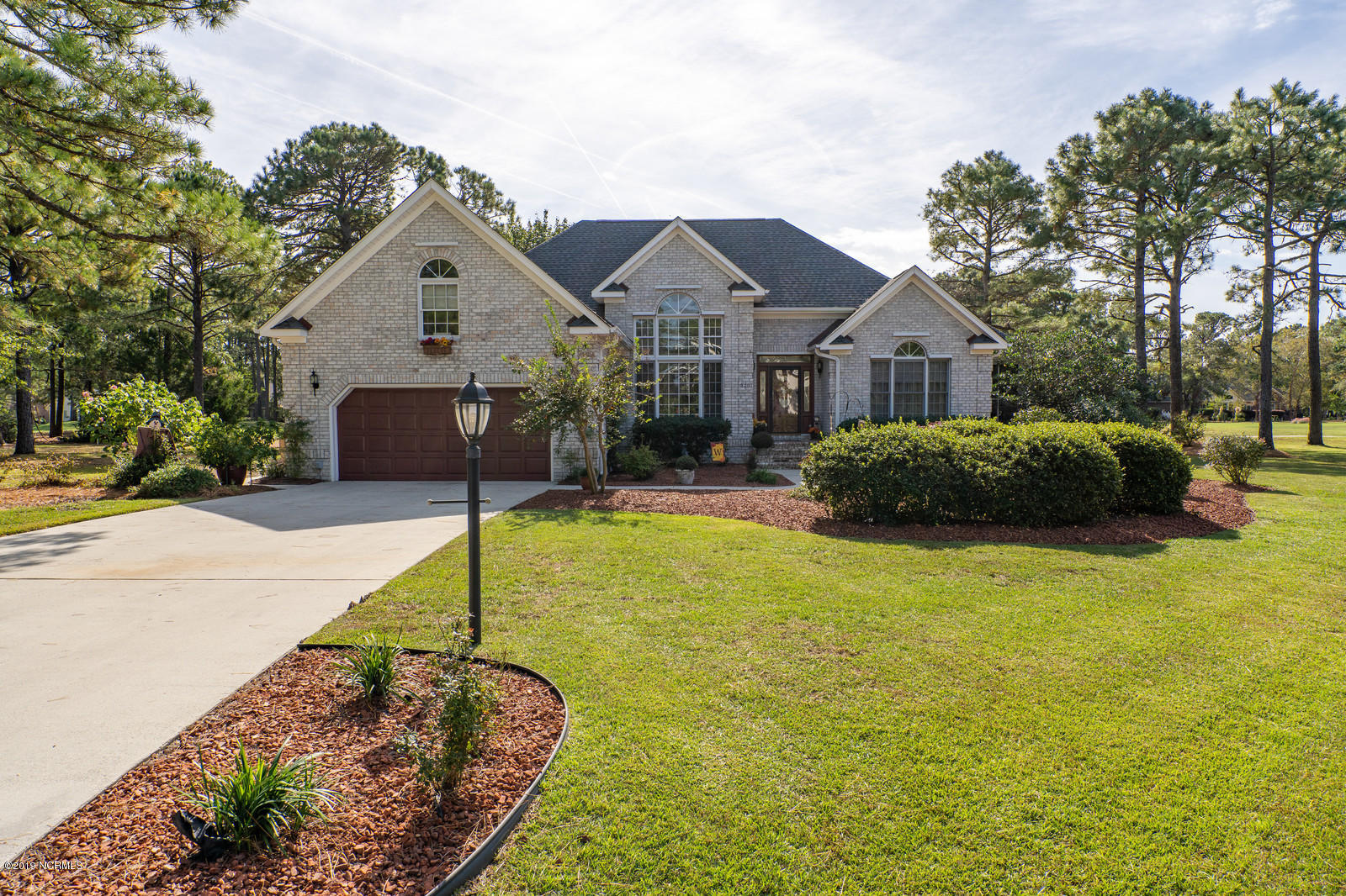 3201 Wild Azalea Way Southport, NC 28461