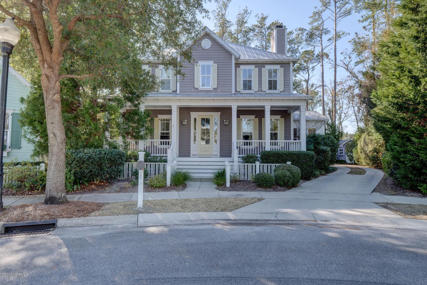 718 Woodland Forest Court Wilmington, NC 28403