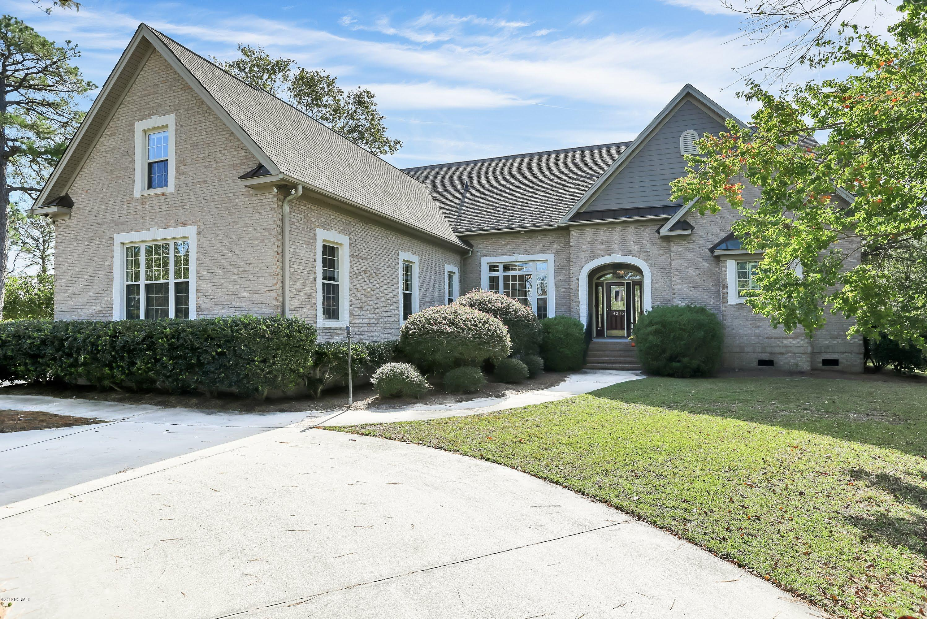 4215 St Ives Drive Southport, NC 28461