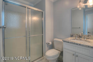 19 E Atlanta St-large-031-11-Bathroom-14