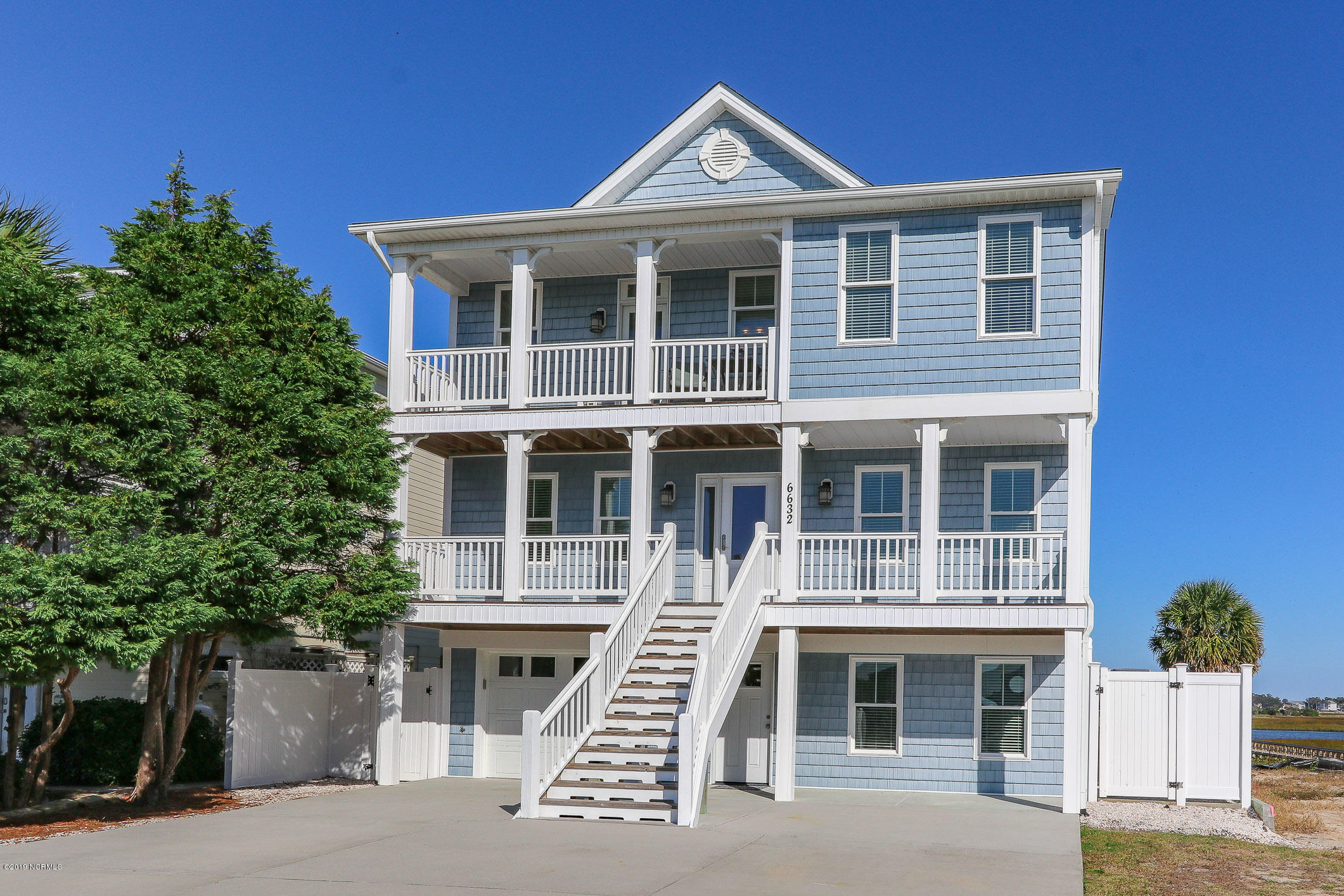 6632 Kings Lynn Drive Oak Island, NC 28465