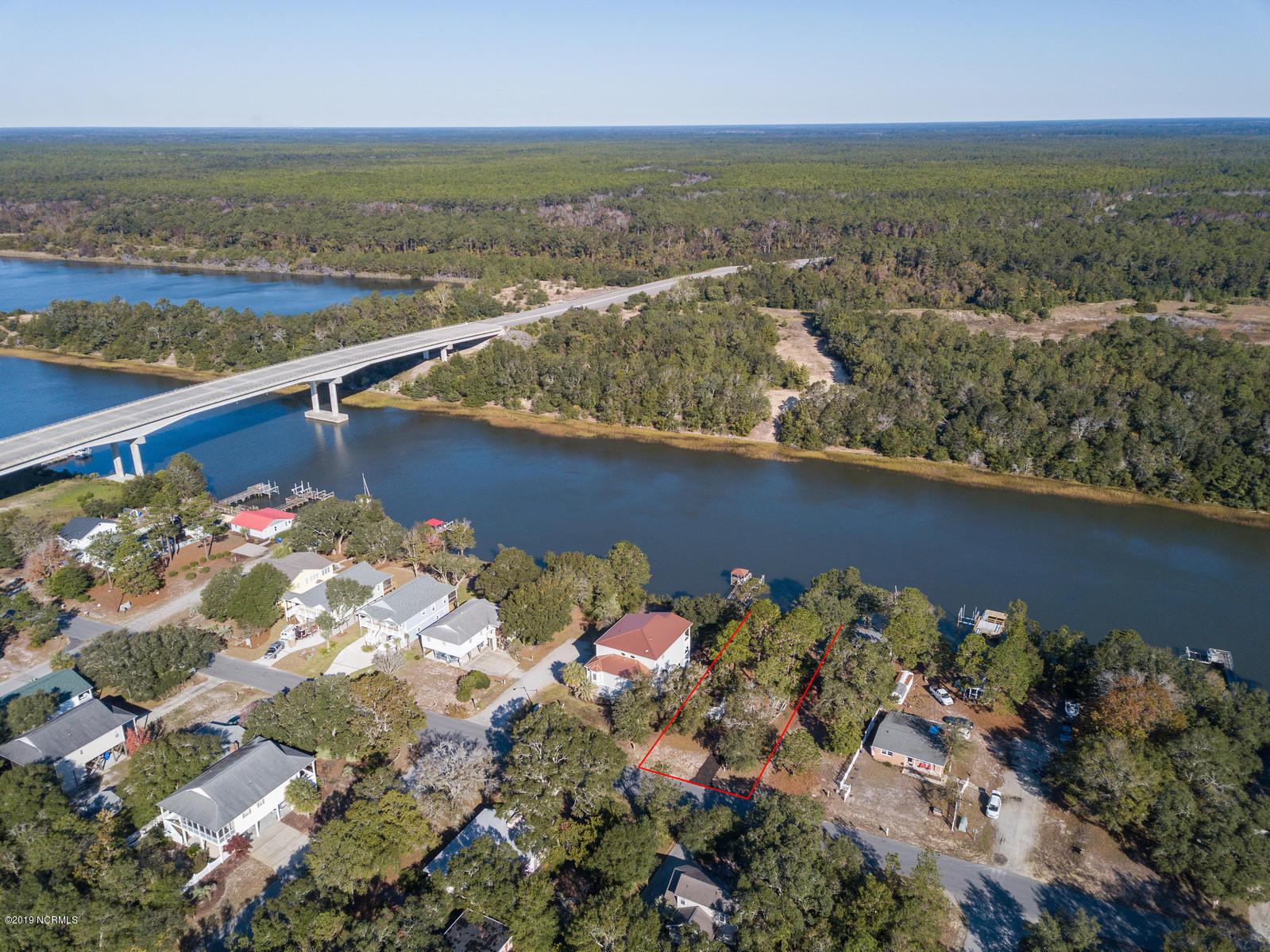 204 E Yacht Drive Oak Island, NC 28465