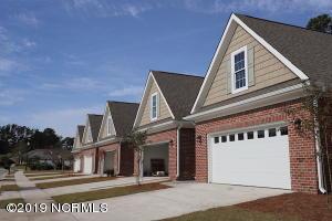 1267 Greensview Circle, Leland, NC 28451