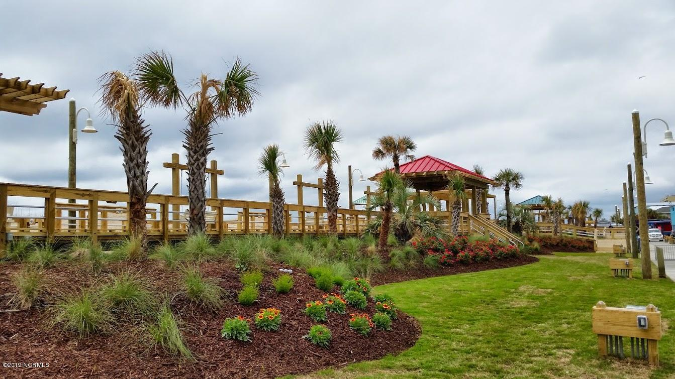 209 Annie Drive Carolina Beach, NC 28428