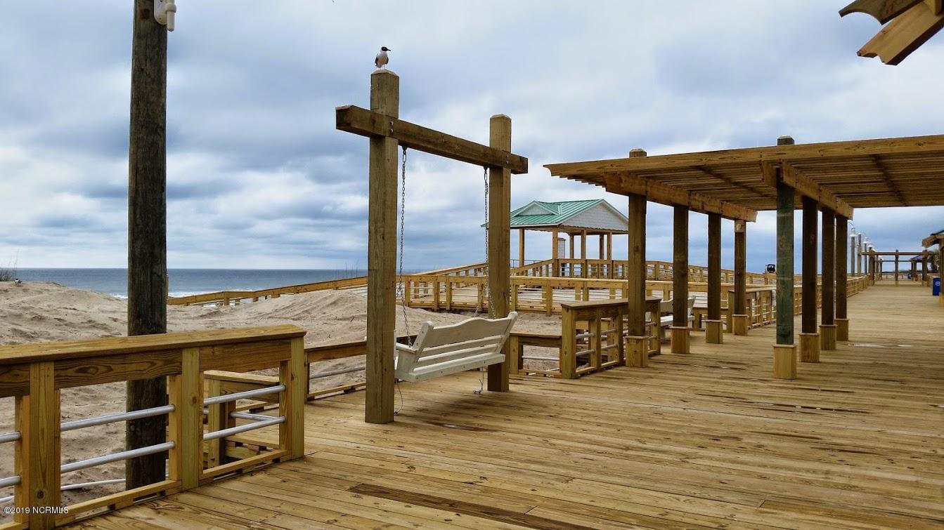 211 Annie Drive Carolina Beach, NC 28428