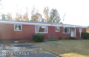 193 Gurganus Road, Maple Hill, NC 28454
