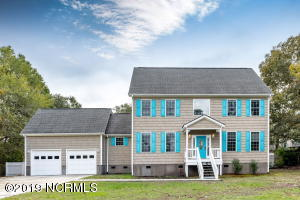 354 Chadwick Shores Drive, Sneads Ferry, NC 28460