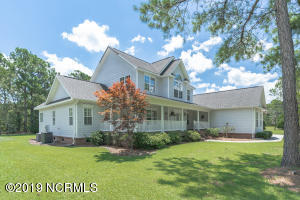 207 S Grist Mill Road, Hampstead, NC 28443