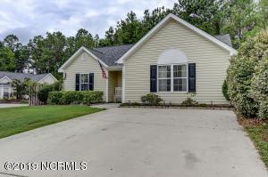 759 Oak Branches Close SE, Belville, NC 28451