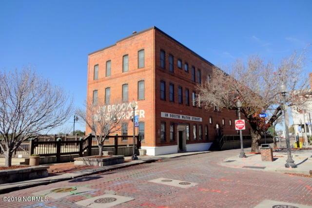 18 S Water Street Wilmington, NC 28401