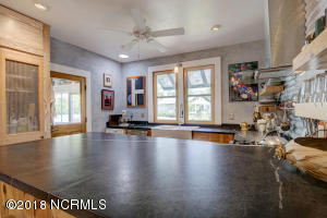 1919 Wrightsville Ave-large-014-11-15 16