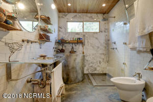 1919 Wrightsville Ave-large-020-23-57 58