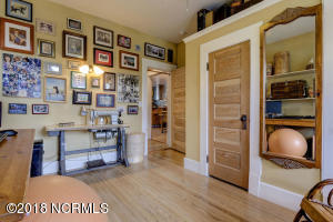 1919 Wrightsville Ave-large-022-22-1 2 3