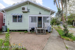 1919 Wrightsville Ave-large-023-17-78 79