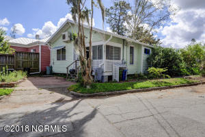 1919 Wrightsville Ave-large-026-8-899 90