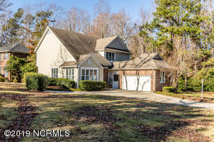 1211 Country Club Drive, Jacksonville, NC 28546