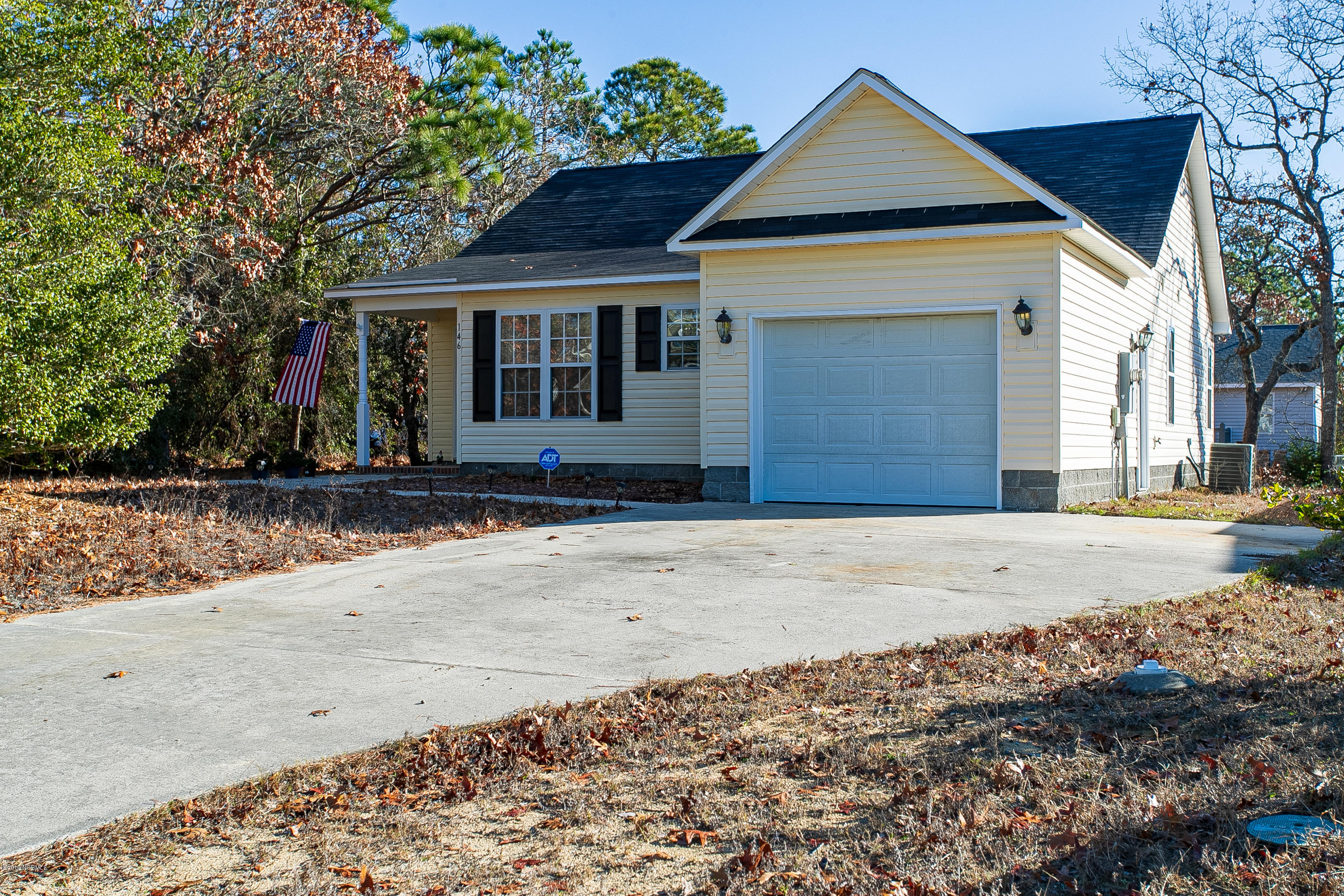 146 NE 8th Street Oak Island, NC 28465