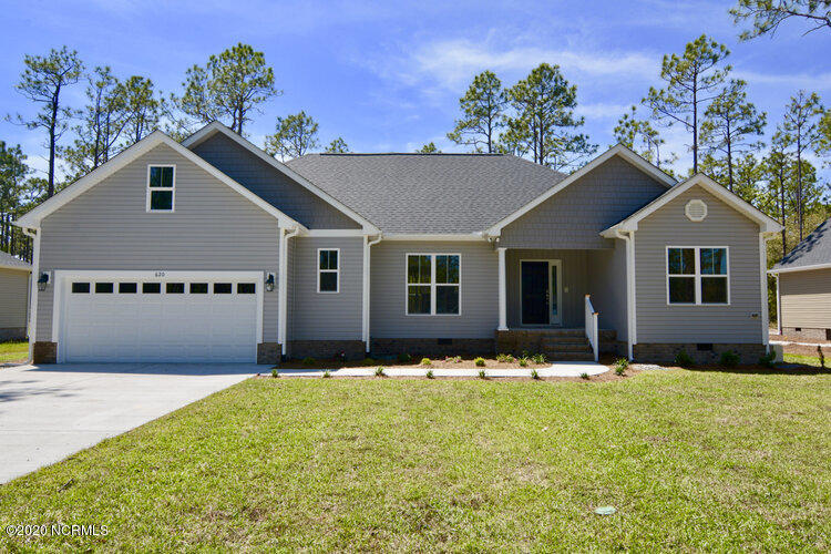 1138 Nicklaus Road Southport, NC 28461