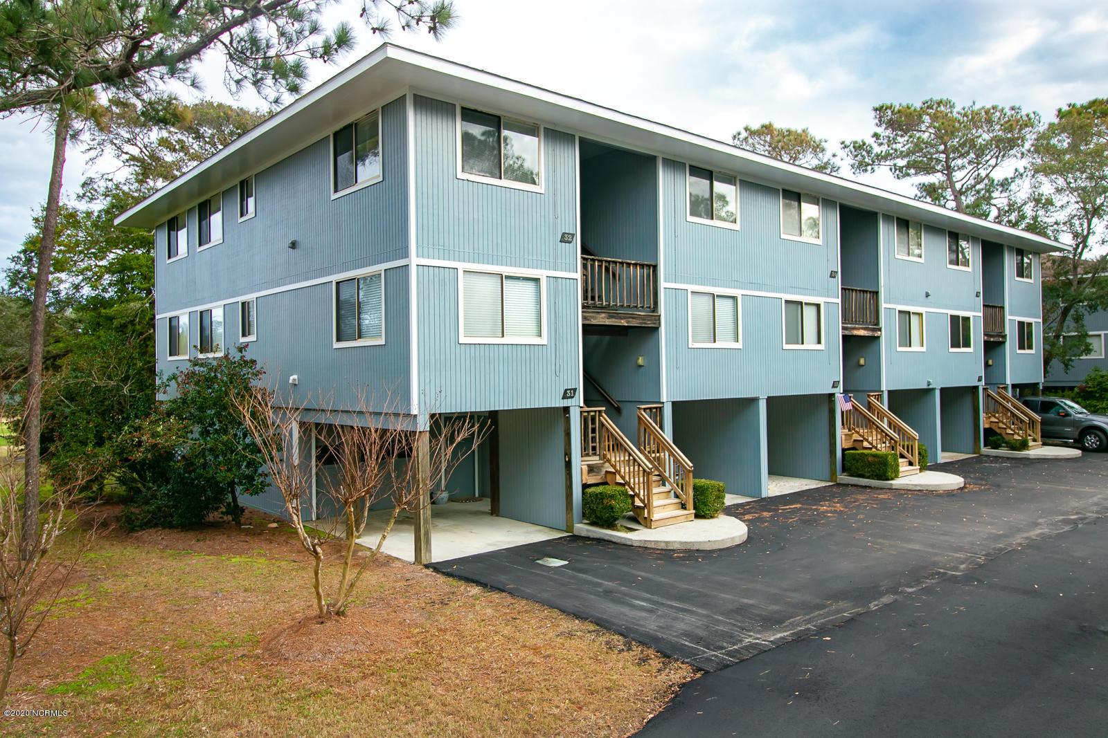 32 Bunker Court Oak Island, NC 28465