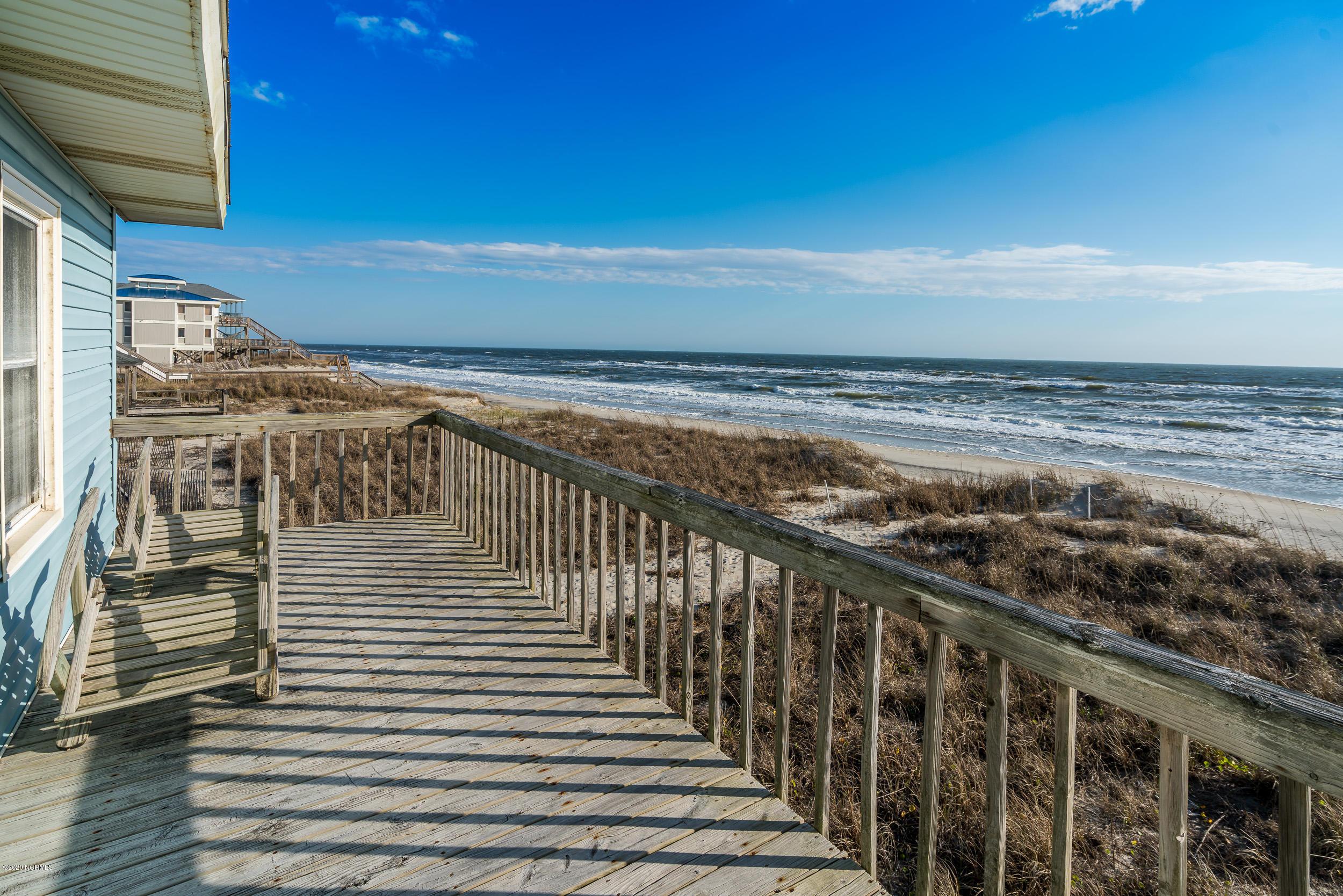 6713 W Beach Drive Oak Island, NC 28465