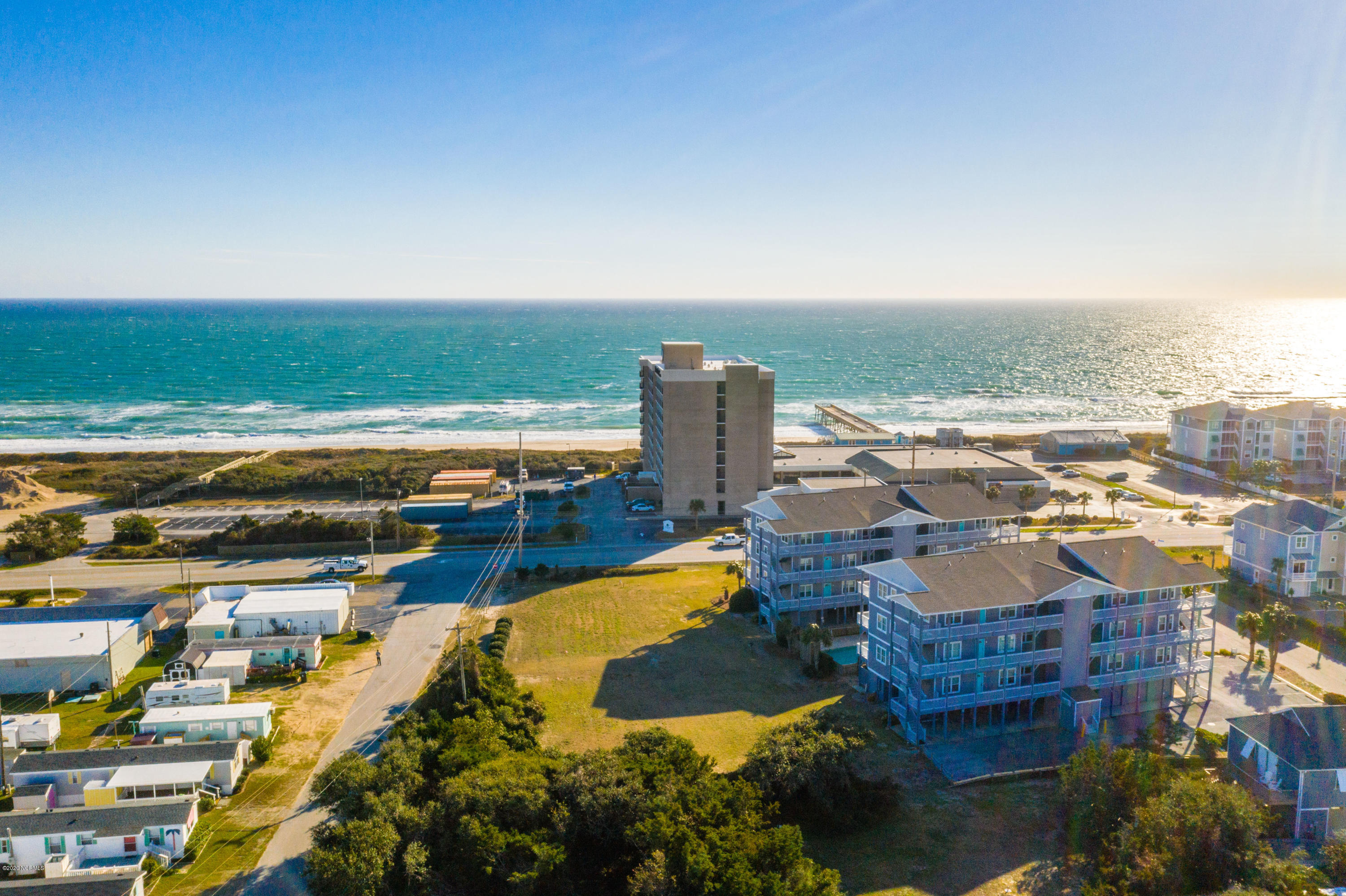 109 Knollwood Drive, Atlantic Beach, North Carolina 28512, 2 Bedrooms Bedrooms, ,2 BathroomsBathrooms,Residential,For Sale,Knollwood,100199775