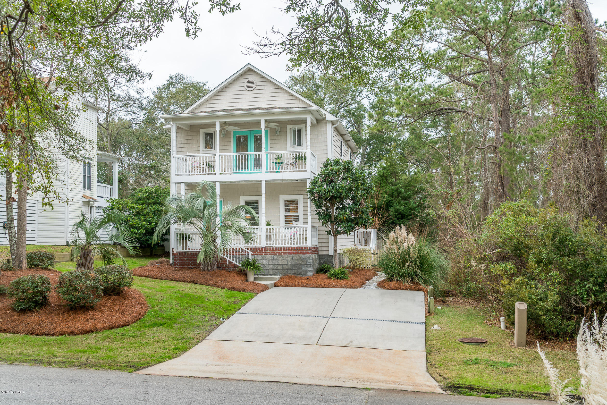 159 NE 17th Street Oak Island, NC 28465