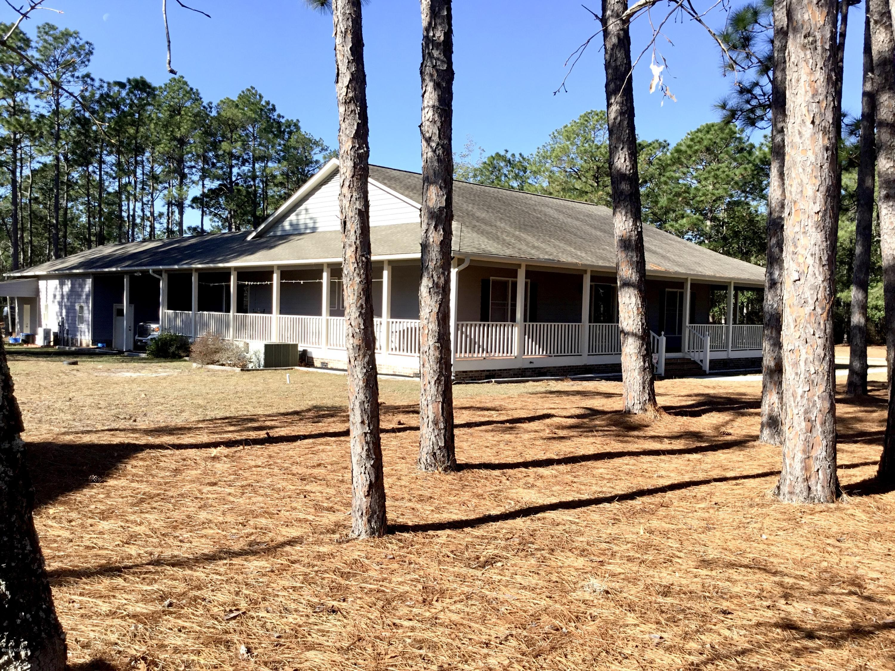 198 Russell Road Southport, NC 28461