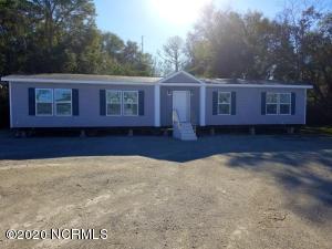 906 W Belair Court, Rocky Point, NC 28457