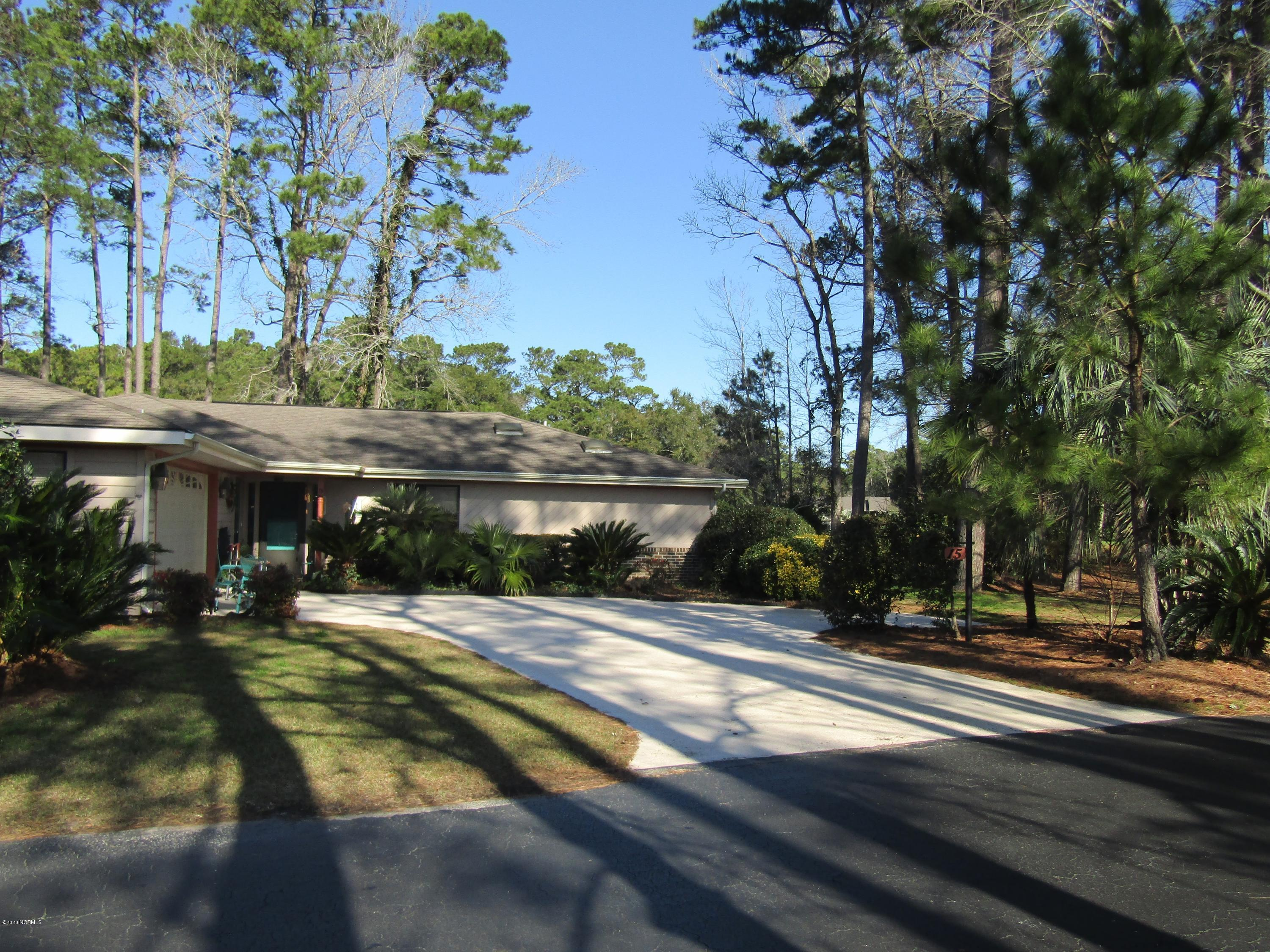 15 Lakeview Court Carolina Shores, NC 28467