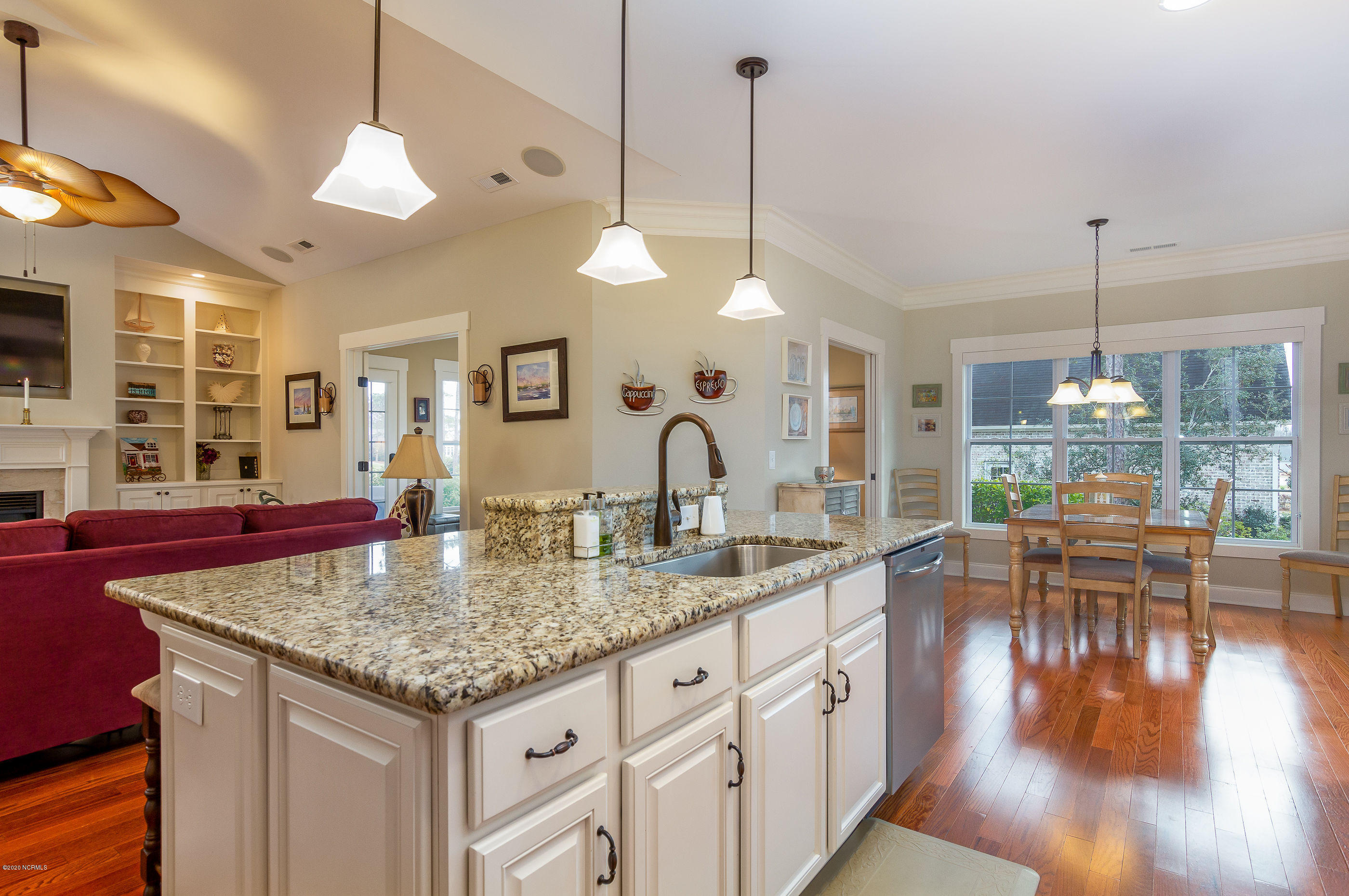 2718 Scarborough Way Southport, NC 28461