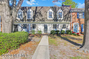 4917 Seabrook Court, Wilmington, NC 28403