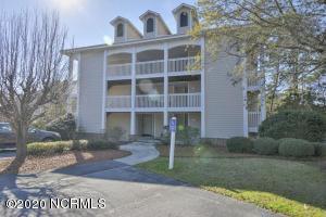 3350 Club Villa Drive, Southport, NC 28461