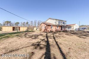 8692 Hwy 41 W, Richlands, NC 28574
