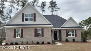 624 Crown Pointe Drive, Hampstead, NC 28443