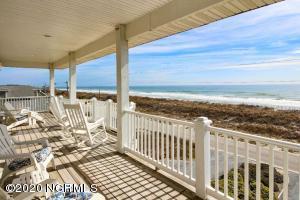 1821 N Shore Drive, Surf City, NC 28445