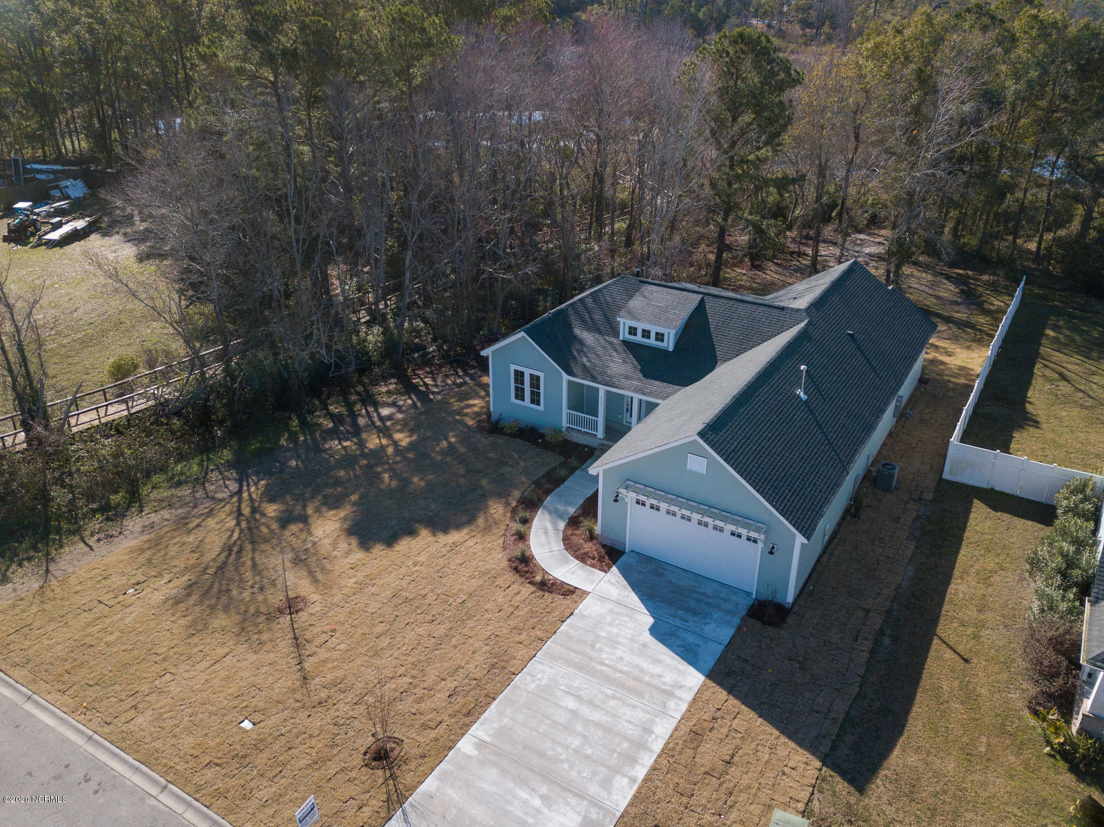 6095 Turtlewood Drive Southport, NC 28461