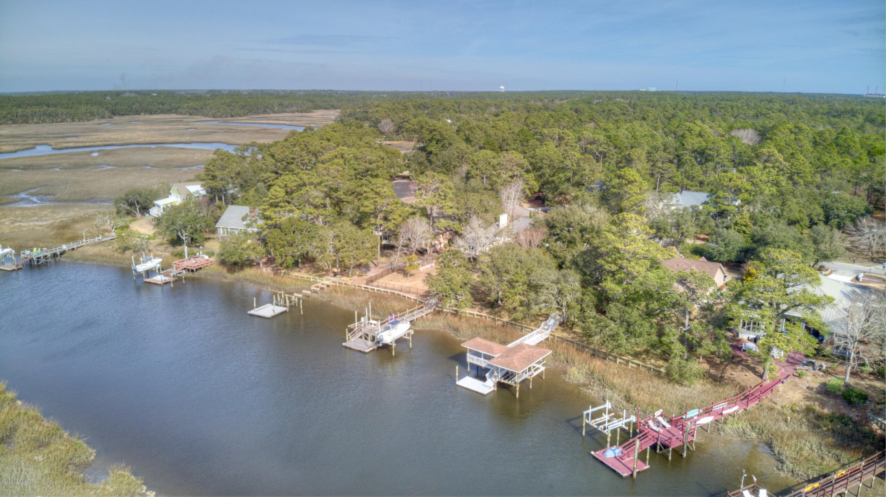 1021 Captain Adkins Drive Southport, NC 28461