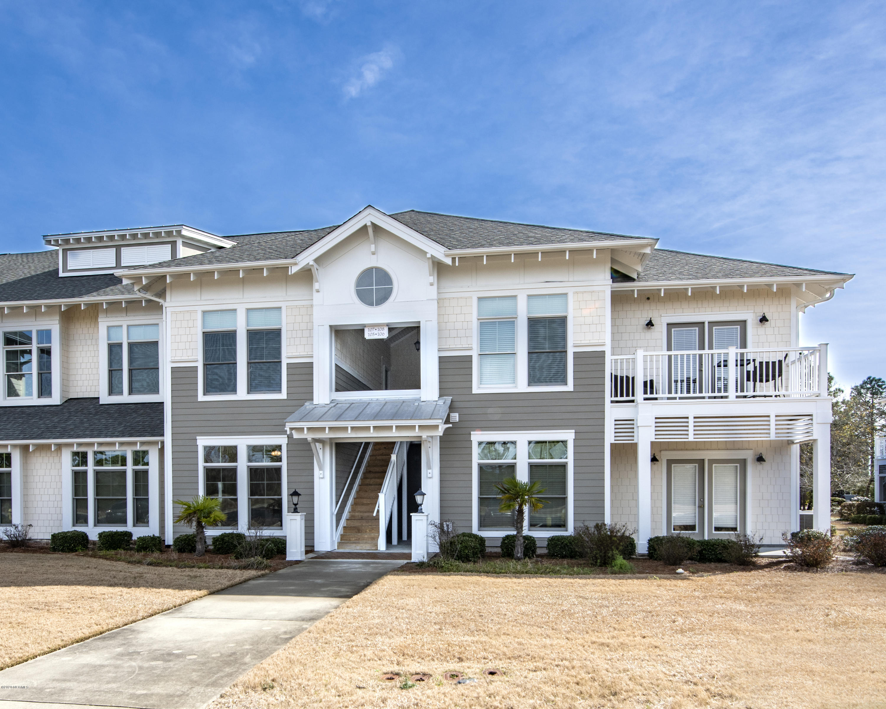 2537 St James Drive UNIT 105 Southport, NC 28461