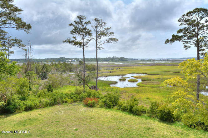 2839 Marsh Point Lane Southport, NC 28461